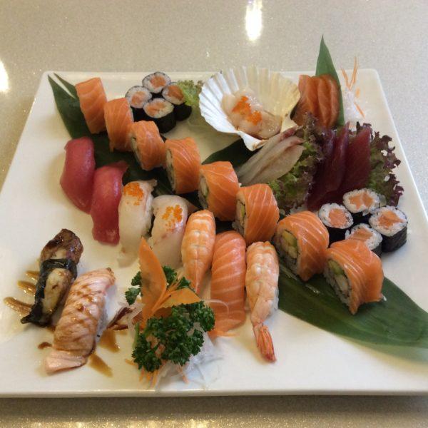 17-sushi-sashimi-misto-medio